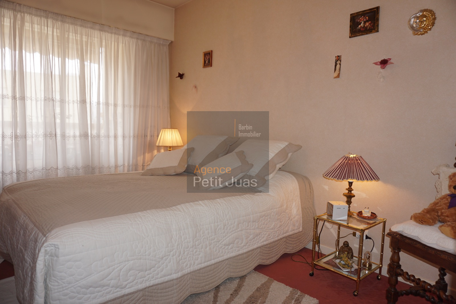 vente le cannet mont joli 2p terrasse. Black Bedroom Furniture Sets. Home Design Ideas