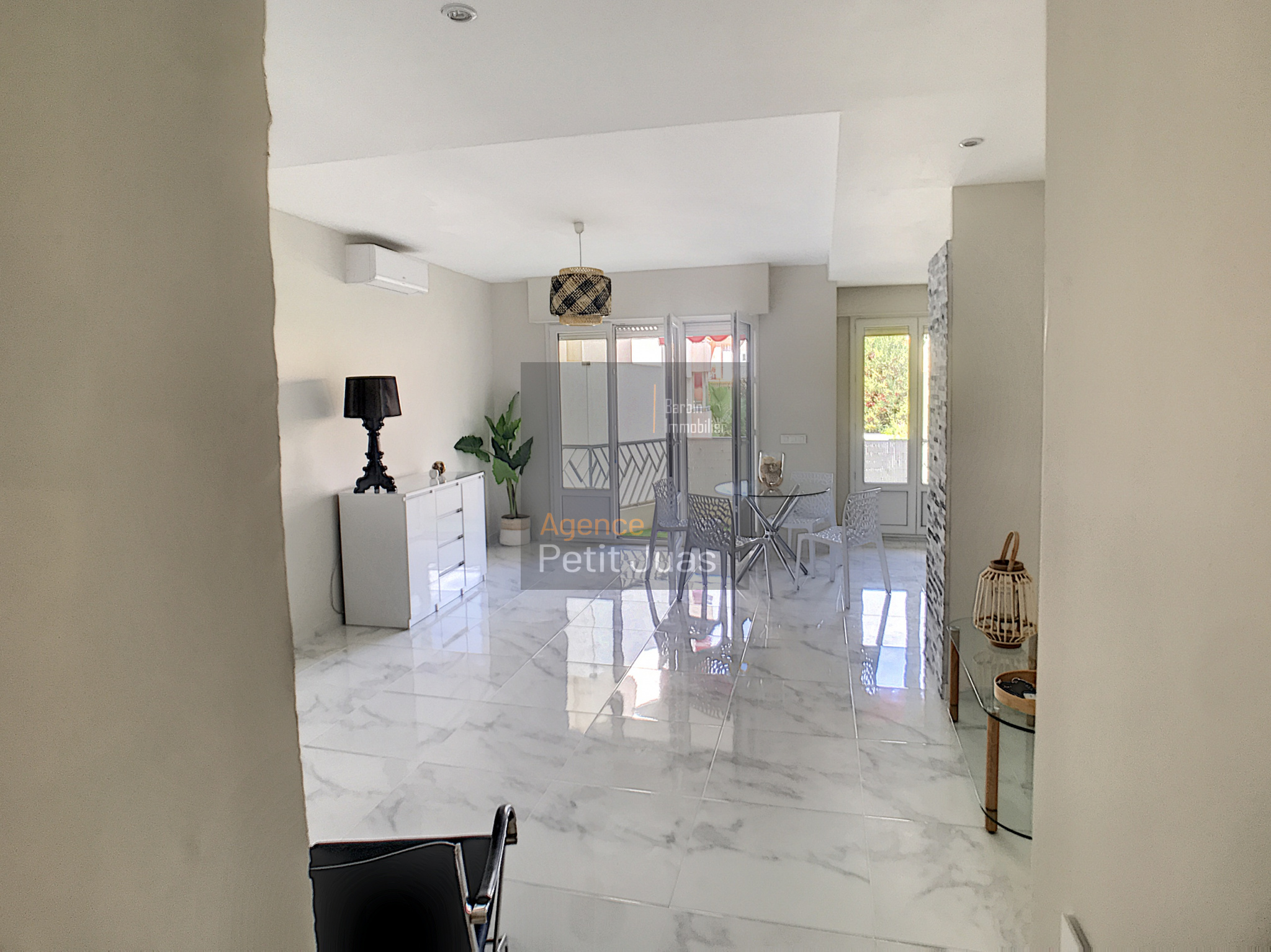 Image_2, Appartement, Cannes, ref :STV928